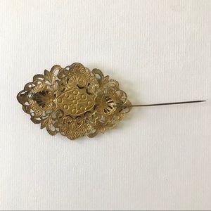 Vintage Jewelry - Vintage Stamped Filigree Flower Pin Brass Tone